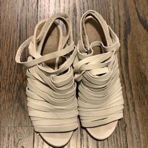 White Leather Strappy Sandals. Size 36.